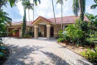 Miami Lakes Single Family Home For Sale: 14450 Glencairn Rd