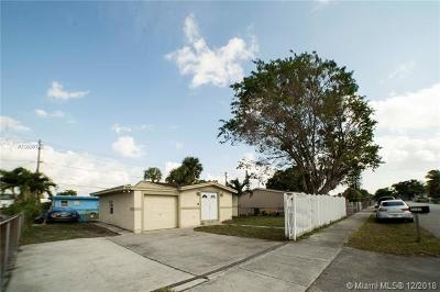 Lauderhill Single Family Home For Sale: 3151 NW 4th Pl