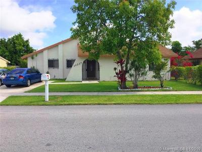 Miami Single Family Home For Sale: 12237 SW 210th St