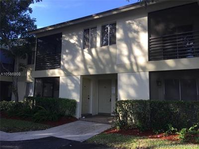 Fort Lauderdale Condo For Sale: 3040 NW 68th St #203