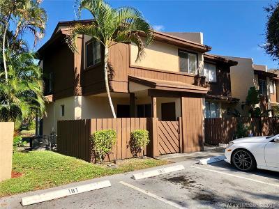 North Lauderdale Condo For Sale: 1311 Hampton Blvd