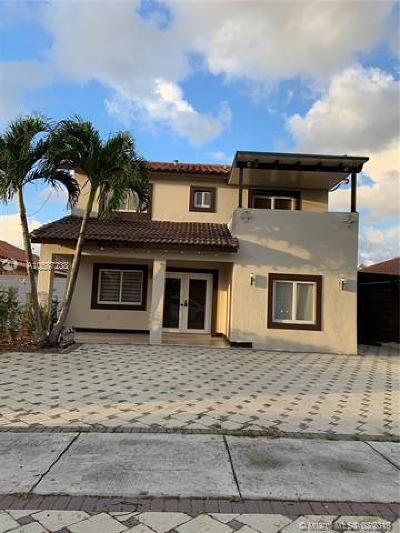 Hialeah Gardens Single Family Home For Sale: 8943 NW 112th Ter
