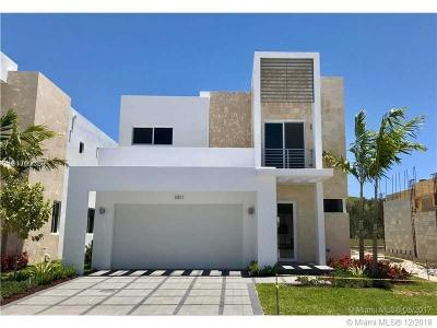 Doral Single Family Home Active With Contract: 6831 NW 103rd Ave