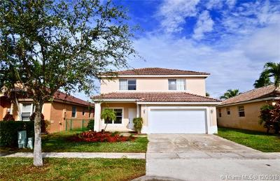 Miramar Single Family Home For Sale: 13465 SW 22nd St