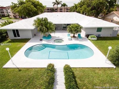 Hallandale Single Family Home For Sale: 343 Layne Blvd