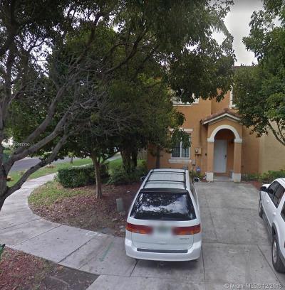 Homestead Condo For Sale: 1499 SW 1 St #1499