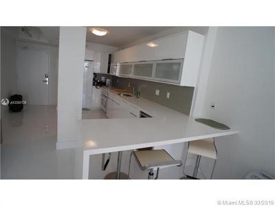 Miami Beach Condo For Sale: 100 Lincoln Rd #718