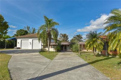 Southwest Ranches Single Family Home For Sale: 19101 SW 57th Ct