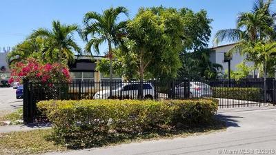 North Miami Single Family Home For Sale: 774 NE 126th St