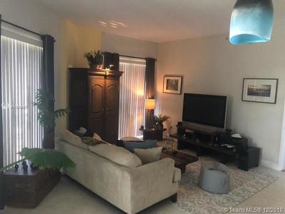 Wilton Manors Condo For Sale: 2631 NE 14th Ave #210