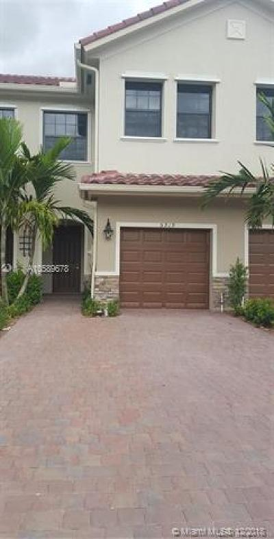 Tamarac Single Family Home For Sale: 5919 NW 56th Ct
