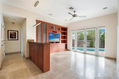 Bay Harbor Islands Single Family Home For Sale: 10155 W Broadview Dr