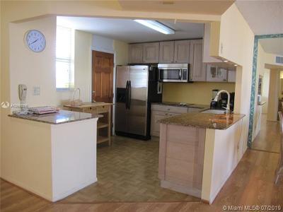 North Miami Beach Condo For Sale: 3545 NE 166th St #1004