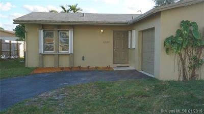 North Lauderdale Single Family Home For Sale: 8280 SW 9th St