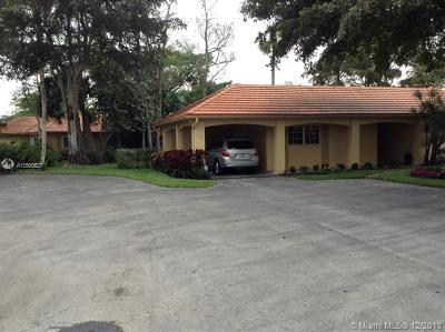 Pompano Beach Condo For Sale: 1021 E Cypress Dr #V-27