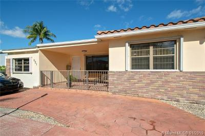 Miami Beach Single Family Home For Sale: 821 83rd St