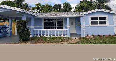 Lauderdale Lakes Single Family Home For Sale: 3691 NW 37th St