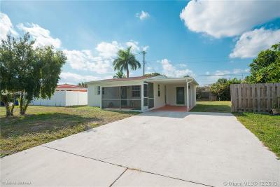 Pompano Beach Single Family Home For Sale: 2781 NE 13th Ave