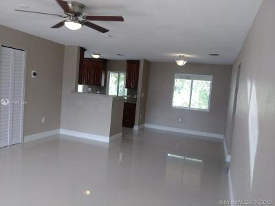 North Lauderdale Single Family Home For Sale: 6531 SW 9th Pl