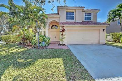 Pembroke Pines Single Family Home For Sale: 13288 NW 18 Court