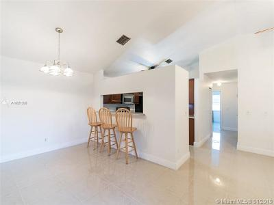 Miramar Single Family Home For Sale: 8841 SW 21 St