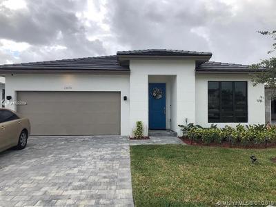 Homestead Single Family Home For Sale: 2938 SE 3rd St