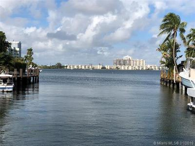 North Miami Beach Condo For Sale: 16454 NE 27th Pl #37