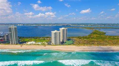 Riviera Beach Condo For Sale: 5540 N Ocean Dr #1C
