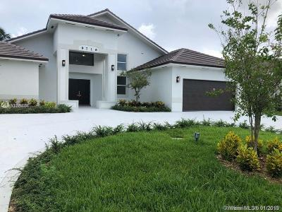 Doral Single Family Home For Sale: 9716 NW 28 Ter