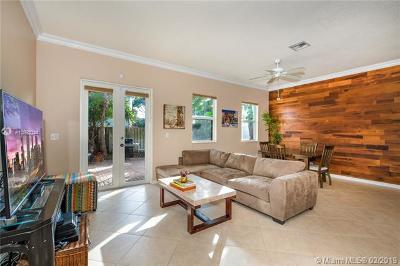 Wilton Manors Condo For Sale: 3020 NE 5th Ter #8