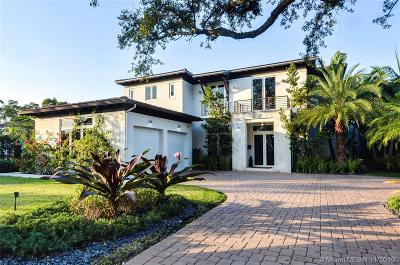 Coral Gables Single Family Home For Sale: 757 Paradiso Ave