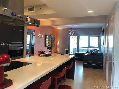 Capri South Beach, Capri South Beach Condo Rental For Rent: 1491 Lincoln Ter #102