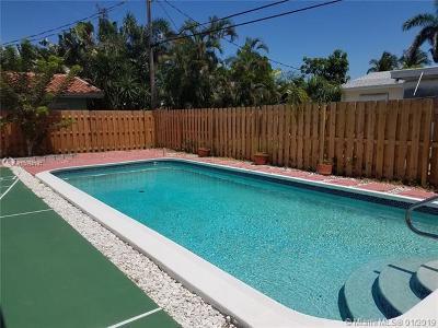 Pompano Beach Single Family Home For Sale: 2600 SE 1st Court