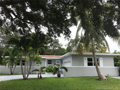 North Miami Single Family Home For Sale: 1720 NE 139th Street