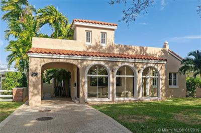 Coral Gables Single Family Home For Sale: 543 Blue Rd