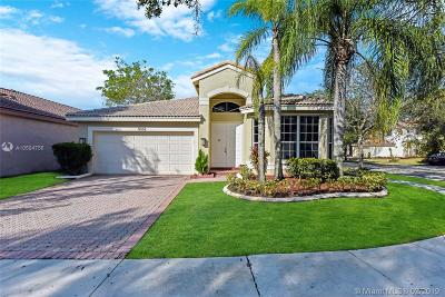 Miramar Single Family Home Active With Contract: 3332 SW 179th Ave