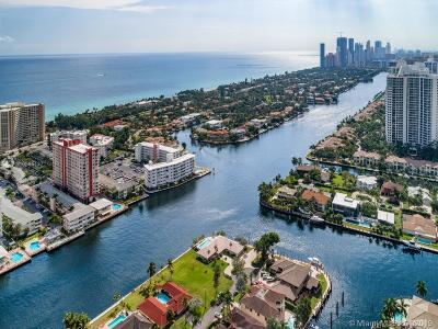 Hallandale Single Family Home For Sale: 643 Palm Dr