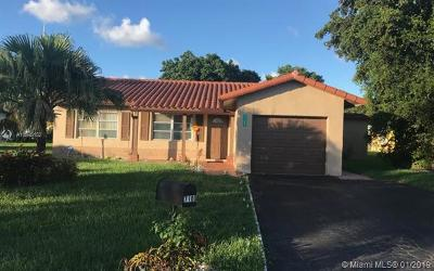 Tamarac Single Family Home For Sale: 7100 NW 91st Ter