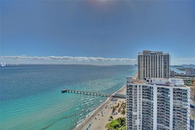 Sunny Isles Beach Condo For Sale: 16901 Collins #3102