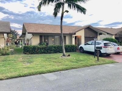 Deerfield Beach Single Family Home For Sale: 1534 SW 22nd Way
