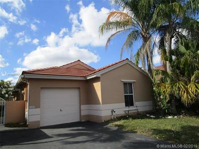 Pembroke Pines Single Family Home For Sale: 2182 NW 184th Way