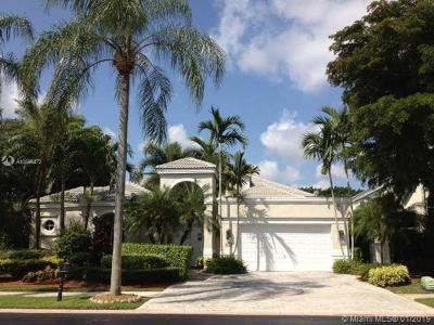 Weston Single Family Home For Sale: 2707 Pinehurst Dr