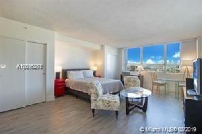 Flamingo, Flamingo South Beach, Flamingo South Beach Co., Flamingo Condo, Flamingo South Beach Cond, Flamingo South Beach I, Flamingo South Beach I Co Rental For Rent: 1500 Bay Rd #1410S