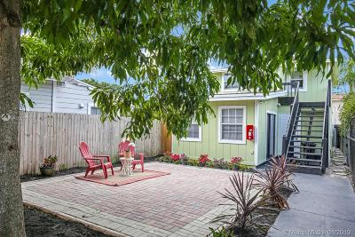 Palm Beach County Multi Family Home For Sale: 17 South D Street