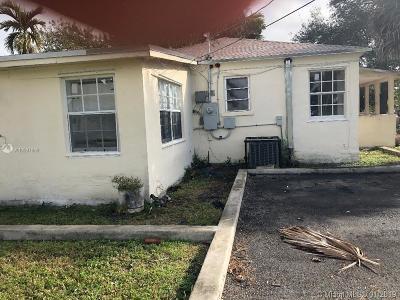 North Miami Beach Multi Family Home For Sale: 225 NE 171st Ter