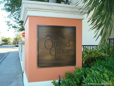 Pompano Beach Condo For Sale: 709 SW 1st Dr. #709