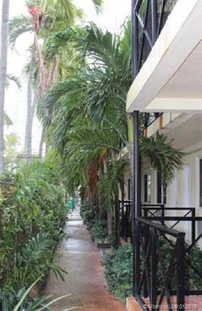 Miami Beach Condo For Sale: 7315 Byron Ave #9