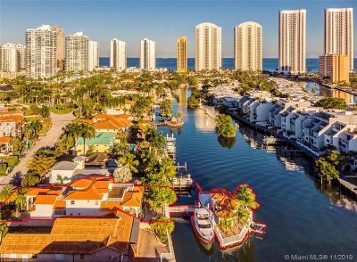 Sunny Isles Beach Single Family Home For Sale: 326 Atlantic Isle
