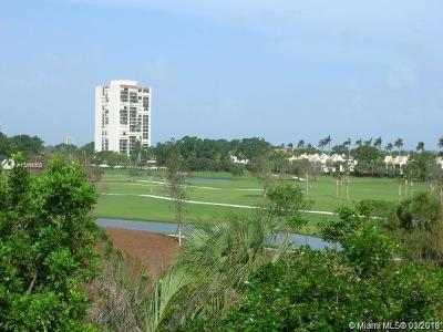 West Palm Beach Condo For Sale: 2050 N Congress Ave #209