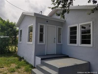 Miami Single Family Home For Sale: 1555 NW 62nd Ter